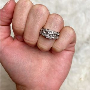 Diamond wedding engagement ring and matching band